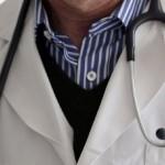 حبس شاب مارس مهنة طبيب نساء وتوليد لمدة 10 سنوات
