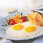 البيض أفضل طعام على الفطور للتخلص من الكرش